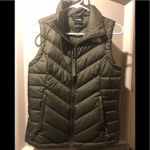 Women's New North Face Vest Size XS